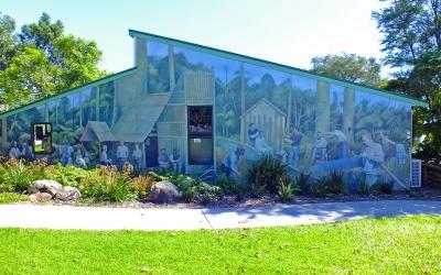 Malereien an Häuserwänden